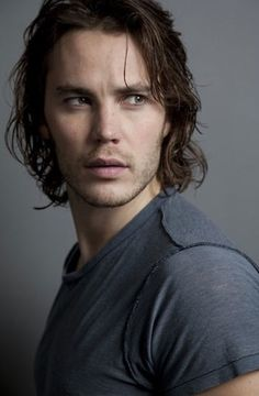 i miss this guy!  Taylor Kitsch