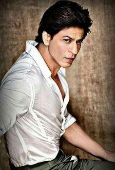 Shahrukh Khan And Kajol, Shah Rukh Khan Movies, Kareena Kapoor Khan, Ranveer Singh, Bollywood Stars, Bollywood Celebrities, Bollywood Actress, India Actor, Sr K