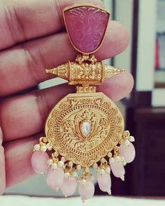 Jewelry Design Earrings, Gold Earrings Designs, Ear Jewelry, Beaded Jewelry, Gold Bangles Design, Gold Jewellery Design, Bridal Jewelry Sets, Wedding Jewelry, Western Union