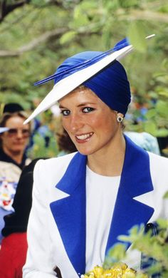 Photos: Princess Diana - Greatest Fashion Moments