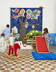 Children's play area / live from IKEA FAMILY