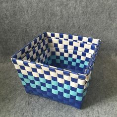 2018 Blue Gradient And Blue Pure Color Are Available For You To Choose From. It Is Very Practical To Knit Basket, Cover Basket, Household Basket From Shnaia111, $20.11 | DHgate.Com Knit Basket, Storage Baskets, Laundry Basket, Wicker, Household, Pure Products, Cover, Blue, Home Decor