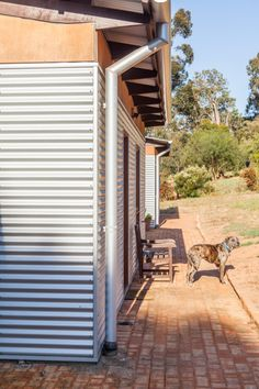 A Solar Passive 'Shed-House' in the Country - House Nerd Passive Solar Homes, Passive House, House Cladding, Facade House, Metal Building Homes, Building A House, Tiny House, Farm Shed, Studio Shed