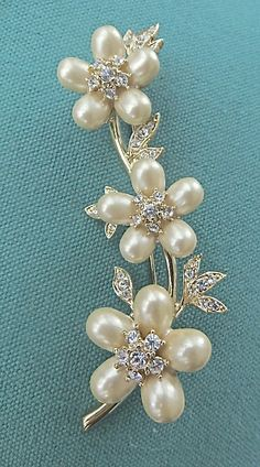 Vintage Nolan Miller Pearl and Rhinestone by VintageVogueTreasure, $125.00