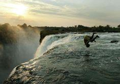 La Piscina del Diablo de las Cataratas Victoria (Zambia)