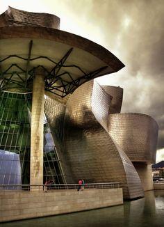 Guggenheim Bilbao  Dirac