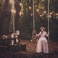 This midsummers night dream styled shoot is absolutely magical! So many beautiful details and brimming with stunning ideas.