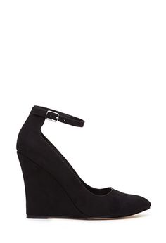 Pointed Ankle Strap Wedges | FOREVER21 - 2000137616