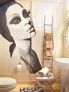 Mural accent wall in bathroom