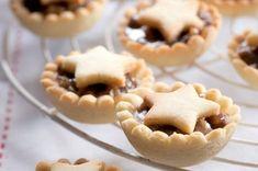 Doručené – Seznam Email Christmas Sweets, Christmas Cooking, Sweet Desserts, Sweet Recipes, Czech Recipes, Sweet Tarts, Cake Decorating Tips, Four, Baking Recipes