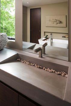 The Modern Organic Home by John Kraemer & Sons in Minneapolis, USA is a sq ft dream home next to Lake Calhoun. Lave Main Design, Unique House Design, Dream House Exterior, Architect House, Organic Modern, Bathroom Interior Design, Minimalist Home, Modern Bathroom, House Plans