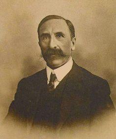 Raymond Saleilles (4 de enero de 1855 — 3 de marzo de 1912), jurista francés.