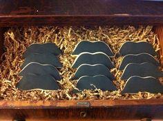 Galletas con forma de bigote / Cookies in the shape of mustaches