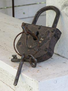Under Lock And Key, Key Lock, Skeleton Keys, Antique Doors, Key Design, Halloween Art, Clocks, Old Things, History