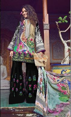 SHIZA HASSAN Light Party Wear And Formal Wear at Retail and whole sale prices at Pakistan's Biggest Replica Online Store Pakistani Mehndi Dress, New Pakistani Dresses, Pakistani Dress Design, Pakistani Designers, Maria B Bridal, Pakistani Street Style, My Outfit, Party Wear, Designer Dresses