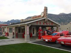What a great place to do a photo shoot!? It is in Pleasant Grove, Utah.