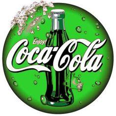green coca-cola i would drink this Vintage Coca Cola, Coca Cola Ad, Always Coca Cola, World Of Coca Cola, Pepsi Ad, Green Coke, Logo Coca, Pop Drink, Sodas