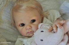 Sweet-Reborn-LISA-by-Adrie-Stoete-OOAK-Baby-Girl-Doll.Reborned by Paris Alley