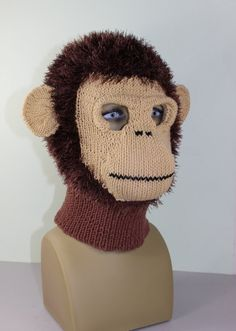 This is my Toddler, Child and Adult Monkey Mask Balaclava knitting pattern. Animal Knitting Patterns, Knit Patterns, Knitting Projects, Crochet Projects, Monkey Mask, Sombrero A Crochet, Knit Crochet, Crochet Hats, Funny Hats