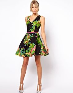 Image 4 of Oasis Floral Print Fit And Flare Dress