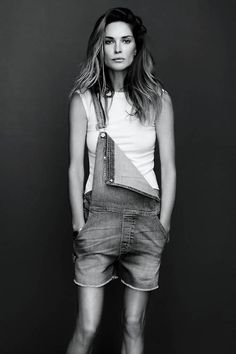 All our Erin Wasson Pictures, Full Sized in an Infinite Scroll. Erin Wasson has an average Hotness Rating of between (based on their top 20 pictures) Erin Wasson, Salopette Short, Moda Outfits, Mein Style, Love Jeans, Look Chic, Mode Inspiration, Frame Denim, Fashion Models