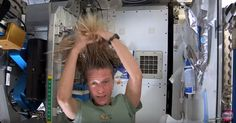 NASA astronaut Karen Nyberg shows how she washes her long hair in space while living in weightlessness on the International Space Station. Earth And Space Science, Earth From Space, 1st Grade Science, Middle School Science, Science Lessons, Teaching Science, Teaching Ideas, Nasa Iss, Space Systems