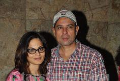 Salman Khan's Family Attended Special Screening Of Singham Returns | StarsCraze