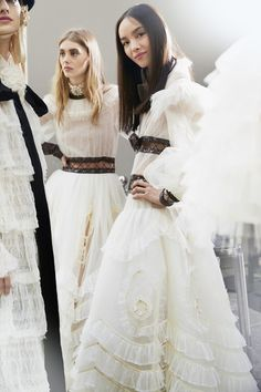 Chanel Fall 2016 rtw backstage PFW