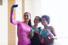 Treenaatko sosiaalisessa mediassa, kysyy bloggaajamme Iina. Salipäivitykset ovat varmasti tulleet fitnessbuumin aikana kaikille tutuksi, ne eivät vaan valitettavasti kasvata lihasta. #tripledryfinland #antiperspirantti #tripledryblogi