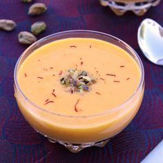 Mango Lassi (Mango-Yogurt Smoothie)