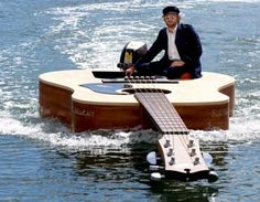 Guitar Boat - Funny WTF Pictures gathered from the farthest corners of the internet for the sole purpose of making you laugh. Bateau Rc, Happy City, Australia Photos, Sydney Australia, Smosh, Bizarre, Guitar Design, Speed Boats, Acoustic Guitar