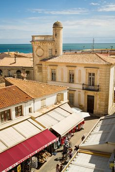 Saintes-Maries-de-la-Mer ~ going here tomorrow!!