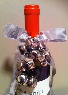 a. party style: xmas in july :: wine bottle wrapping