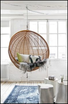 Furniture nice looking white woven rattan two hanging egg chair with