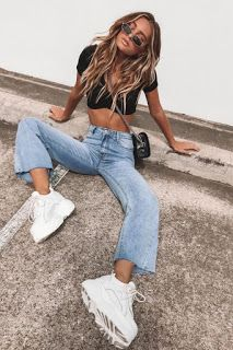 Best Women black slim fit jeans big and tall jeans stylish jeans for men Jean Vintage, Mode Vintage, Vintage Style, Fashion Vintage, Fashion Trends 2018, Jean Outfits, Fashion Outfits, Womens Fashion, Latest Fashion