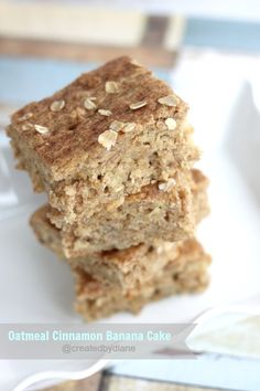 This is one DELICIOUS cake. Banana bread alternative with the addition of oatmeal and cinnamon. Easy recipe, perfect for any breakfast or brunch.