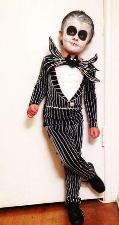 Easy DIY Jack Skellington costume. So rad. Love Nightmare Before Halloween!