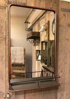 Spiegel metaal met plateau