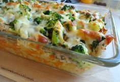 Casserole with chicken, rice and broccoli - Fit Baby Food Recipes, Dinner Recipes, Cooking Recipes, Healthy Recipes, Healthy Food, Good Food, Yummy Food, Food Design, Tasty Dishes