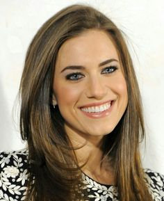 Allison Williams - Honestly, how beautiful can a woman be?