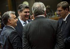 Rendkívüli hír: hirtelen lemondott a szlovén miniszterelnök, méghozzá amiatt, amit Orbán Viktor is tett