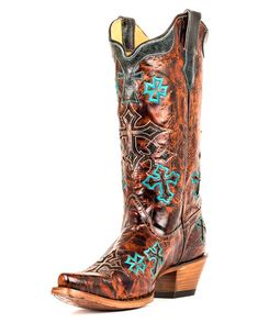 Love these boots, want a pair so bad. The crosses on the boots are so pretty