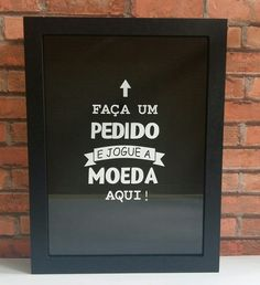 Quadro Cofre Moeda E Cédula - Porta Rolhas E Tampinhas - R$ 89,99 Diy Home Decor, Room Decor, Ideias Diy, Poster S, E Design, My Room, Chalkboard, Diy And Crafts, Sweet Home