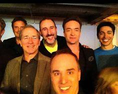 Gino Chouinard a profité d'un petit moment pour faire un selfie avec des nommés du dernier gala ARTIS.