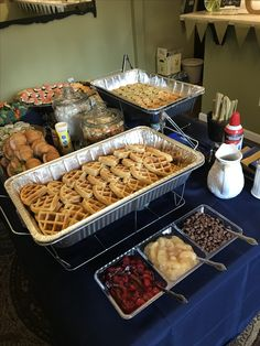 Mothers Day Brunch Discover Super breakfast ideas for work party waffle bar 51 ideas Super breakfast ideas for work party waffle bar 51 ideas Christmas Party Food, Christmas Brunch, Halloween Food For Party, Christmas Breakfast, Christmas Pajama Party, Holiday, Sleepover Food, Sleepover Birthday Parties, Birthday Brunch