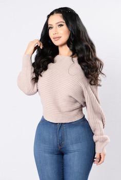 Off Balance Sweater - Dusty Pink. Size: M
