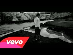 Woodkid - I Love You (Official Video) - YouTube