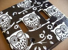 Retro Black and White Hoot Owl Double Light by COUTURELIGHTPLATES, $6.50 this one for my daughter Vanessa!