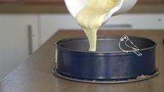Lieblingsrezept Vogelmilch-Torte   DasKochrezept.de Cookies, Desserts, Food, Bird Cakes, Yummy Food, Treats, Cleaning, Crack Crackers, Tailgate Desserts