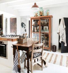 white kitchen in majorca